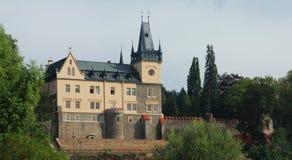 Nad Sazavou van Zruc van het kasteel Stock Fotografie