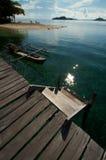 nad tropikalny drewnianym plażowy jetty Fotografia Royalty Free