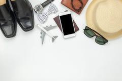 Nad widok akcesoryjna podróż, mody technologia i mężczyzna lub Zdjęcia Royalty Free
