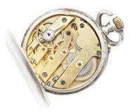 Nad widok mosiężnego ruchu rocznika kieszeniowy zegarek Fotografia Stock