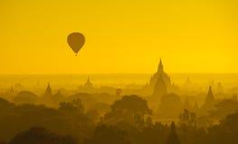nad wschód słońca antyczny bagan Myanmar Fotografia Royalty Free