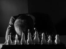 nad załamany nastoletnim chłopiec chessboard Obrazy Royalty Free