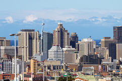 Nad zakończenie w górę widoku miasto i Nabrzeżna linia horyzontu Zdjęcie Royalty Free