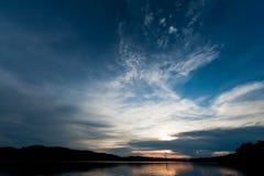 nad zmierzchem jeziorna góra Fotografia Stock
