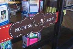 Nada Bundt apelmaza la muestra de la panader?a imagen de archivo
