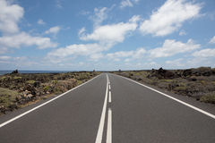 Nada erradamente com as estradas em Lanzarote Fotografia de Stock