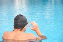 Nadador adulto joven fotos de archivo libres de regalías