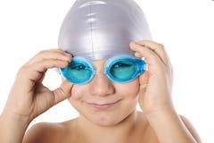 Nadador del muchacho con las gafas de la natación Imagen de archivo libre de regalías