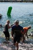 Nadadores de Triathalon Imágenes de archivo libres de regalías