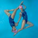 Nadadores sincronizados imagem de stock royalty free