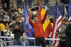 Nadal troféDjokovic US Open 2013 (13) Royaltyfri Foto