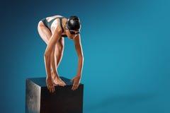 Nadar no estúdio Fotografia de Stock Royalty Free
