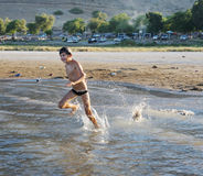 Nadar no lago Kinneret Imagem de Stock Royalty Free