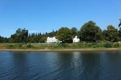 Nadbrzeże rzeki hotel Zdjęcia Stock