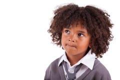Nadenkende Afrikaanse Amerikaan weinig jongen Royalty-vrije Stock Foto