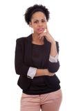 Nadenkende Afrikaanse Amerikaanse bedrijfsvrouw - Zwarte mensen Stock Fotografie
