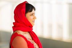 Nadenkende Indische onderneemster royalty-vrije stock foto