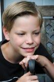 Nadenkende jongen Stock Foto