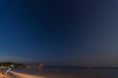 Nadmorski linia horyzontu nocą Obraz Royalty Free