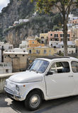 nadmorski samochodowy klasyczny włoski miasteczko Obraz Stock