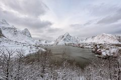 Nadmorski wioska w Norway obrazy stock