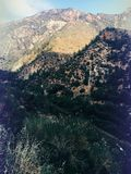 Nadrealistyczny fantazi góry krajobraz niewygładzony fotografia stock