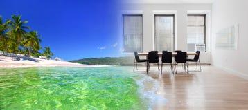 Nadrealistyczny kolaż tropikalna powierzchnia biurowa i morze zdjęcia royalty free