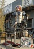 Nadrealistyczny metalu robota scupture Głęboki Ellum, Dallas, Teksas Obrazy Stock