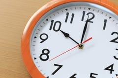 Nadruktijd in klok van tien uur voor het ontwerp in uw busine stock fotografie