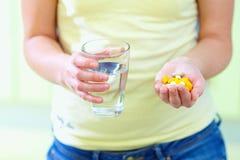 Nadużycie duże ilości leki Zdjęcie Stock