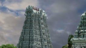 nadu meenakshi лорда madurai Индии преданного gopura индусское один другой висок Тамильского языка скульптур южный sundareswarar, видеоматериал
