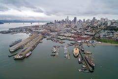 Nadwodny Parkowy molo, zatoczka i Miejski molo w San Francisco, zdjęcie royalty free