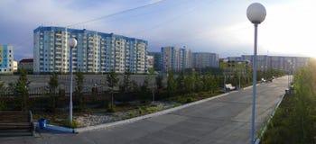 Nadym,俄罗斯- 2008年7月10日:全景 cit的区域 库存图片