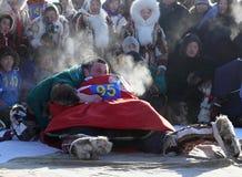 NADYM,俄罗斯- 2008年3月15日:国庆节-稀土的天 图库摄影