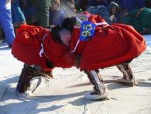 NADYM,俄罗斯- 2008年3月15日:国庆节-稀土的天 库存照片