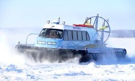 Nadym,俄罗斯- 2008年3月15日:苏联雪上电车北极goe 免版税库存图片