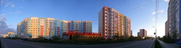 Nadym, Ρωσία - 10 Ιουλίου 2008: το πανόραμα τοπίο αστικό Στοκ Φωτογραφίες