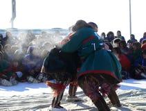 NADYM, RÚSSIA - 15 de março de 2008: Feriado nacional - dia do re Imagens de Stock