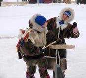 Nadym, Rusland - Maart 3, 2007: de nationale feestdag, de dag van Stock Afbeelding