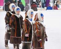 Nadym, Rusland - Maart 3, 2007: de nationale feestdag, de dag van Royalty-vrije Stock Foto