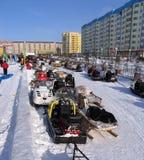 Nadym, Russia - 17 marzo 2006: la festa nazionale, il giorno o Immagini Stock
