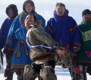 Nadym, Russie - 15 mars 2008 : les vacances nationales - le jour o Images libres de droits