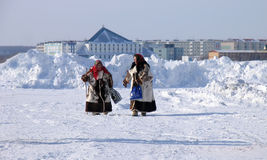 Nadym, Russland - 17. März 2006: der Nationalfeiertag, der Tag O Lizenzfreie Stockfotos