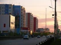 Nadym Ryssland - Juni 26, 2008: stadshorisonten Royaltyfri Fotografi