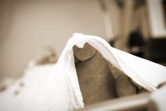 Nadzy cieki krytycznie chorych pacjentów w szpitalu zdjęcia royalty free