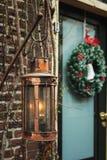 Nafciana lampa i boże narodzenie wianek z sztuka jeźdzem w środku Zdjęcia Stock