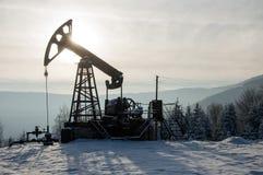 nafciana przemysł pompa Russia Przemysł paliwowy equipment Takielunek dla ekstrakcja oleju Zdjęcie Royalty Free