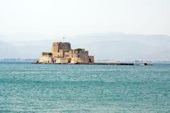 Nafplio, Bourtzi城堡  免版税图库摄影