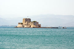 Nafplio, o castelo de Bourtzi Fotografia de Stock Royalty Free