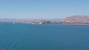 Nafplion, die door het Egeïsche Overzees varen